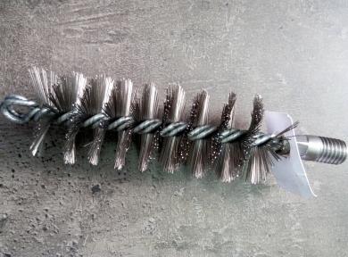 Стальная щётка для удаления сажи в твердотопливном котле ∅ 30 мм
